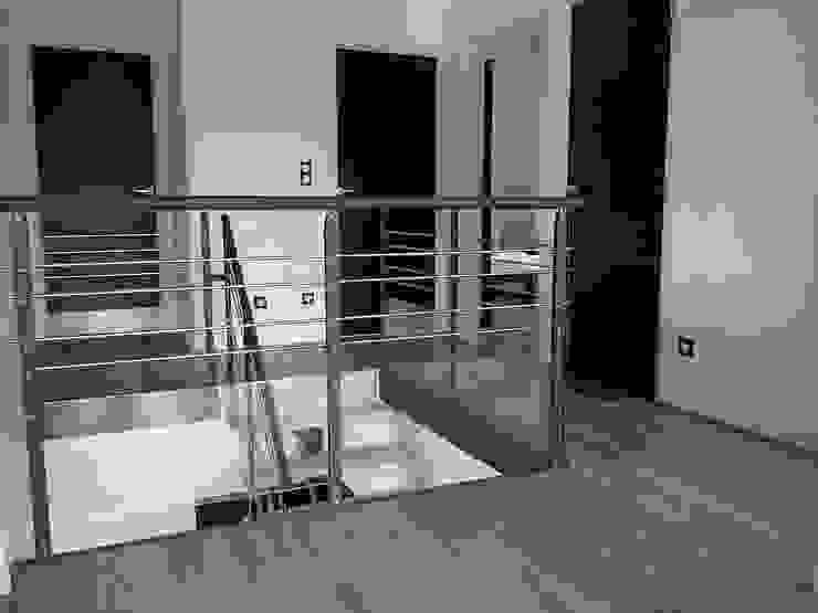 Garde-corps avec partie vitrée Escalissime Couloir, entrée, escaliersEscaliers