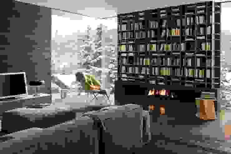 Felipe Lara & Cía Modern living room Wood Multicolored