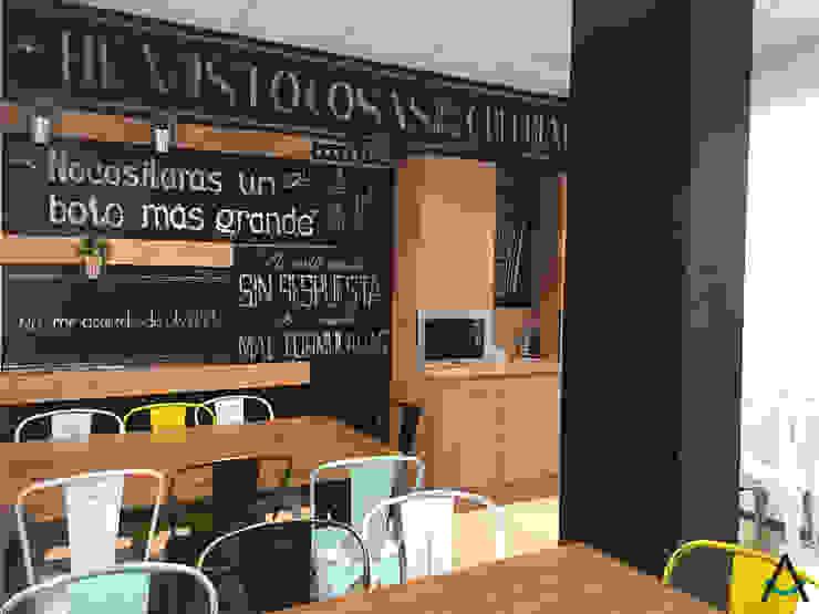 Eclectic style schools by Estudi Aura, decoradores y diseñadores de interiores en Barcelona Eclectic Wood Wood effect