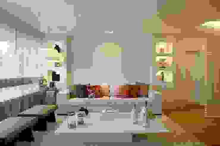 Sala de Estar contemporânea e clean Vivacqua Arquitetura Salas de estar modernas