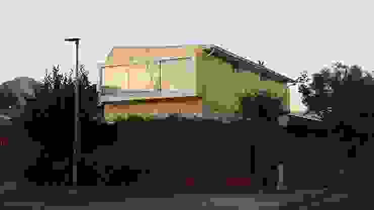 Fachada de Arquitectura & servicios aociados Rústico Madera Acabado en madera
