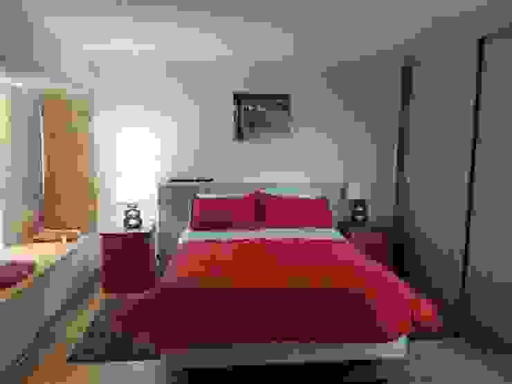 Convertimos una casa en mini hotel Dormitorios de estilo rústico de Arquitectura & servicios aociados Rústico