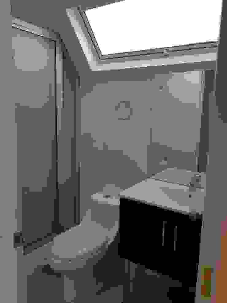 Convertimos una casa en mini hotel Baños de estilo rústico de Arquitectura & servicios aociados Rústico