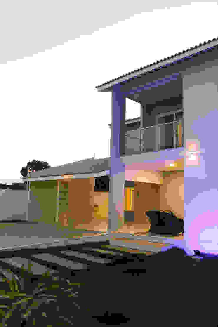 by Renato Medeiros Arquitetura Classic Bricks