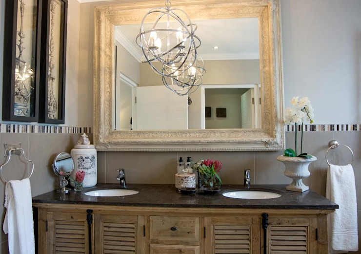 Stellenbosch Luxury self catering apartments: classic  by Kraaines Interiors - Decor by Cherice, Classic