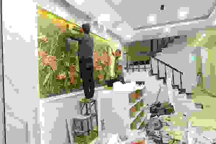 Công trình ốp tường trang trí nội thất tại Cổ Nhuế Hà Nội bởi Công Ty TNHH Ferino Việt Nam Hiện đại