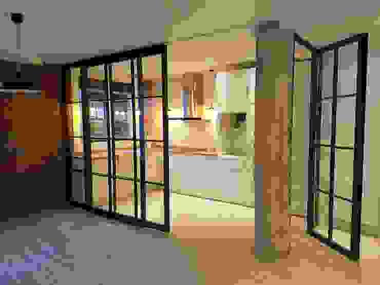 مطبخ تنفيذ Gumuzio&MIGOYA arquitectura e interiorismo