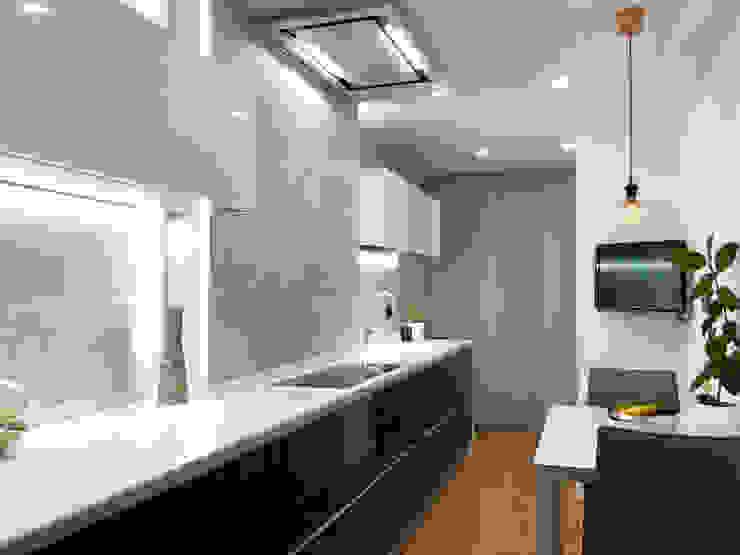 La Cocina de Sela Isoko Proyecto Cocinas integrales Derivados de madera Negro