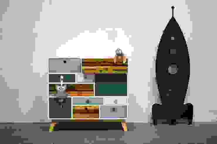 Commode / Kinderkast: modern  door Atelier 180, Modern