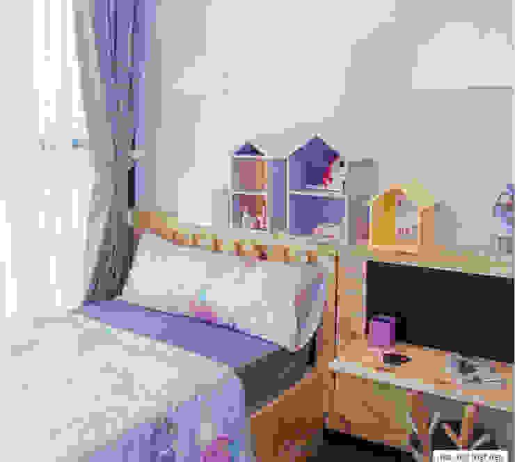 Phòng ngủ của con gái với phong cách đáng yêu. Phòng ngủ phong cách hiện đại bởi Công ty TNHH TK XD Song Phát Hiện đại Đồng / Đồng / Đồng thau