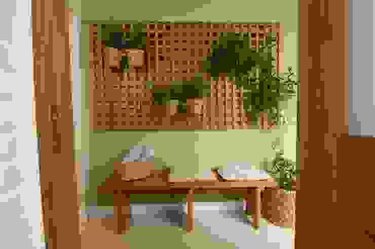 TS Projetos Classic walls & floors Solid Wood Green