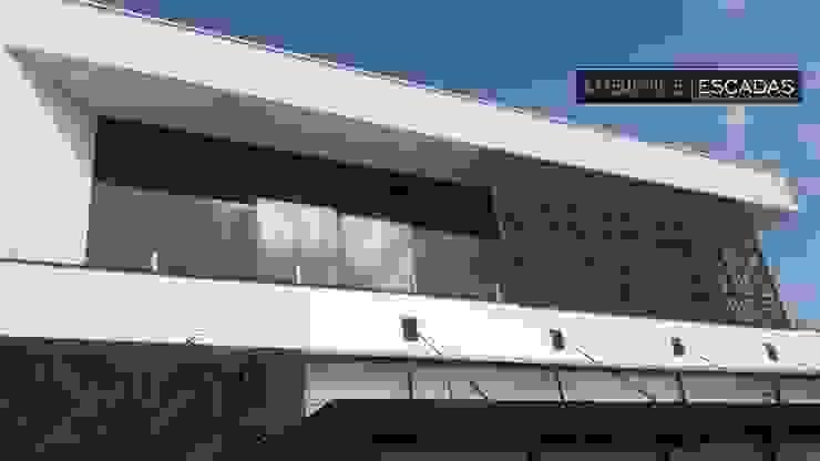 ambience escadas e corrimão 陽台、門廊與露臺 配件與裝飾品 玻璃 Transparent