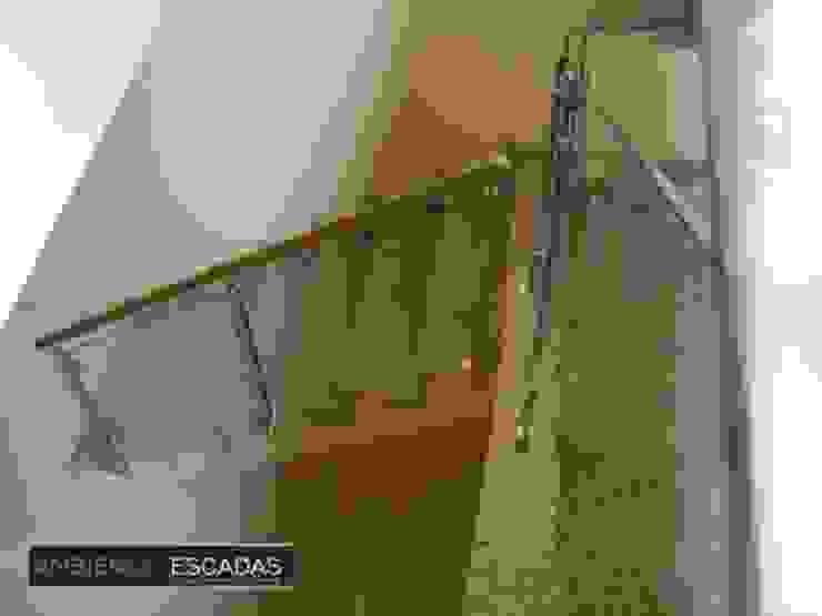 ambience escadas e corrimão Vestíbulos, pasillos y escalerasEscaleras Vidrio