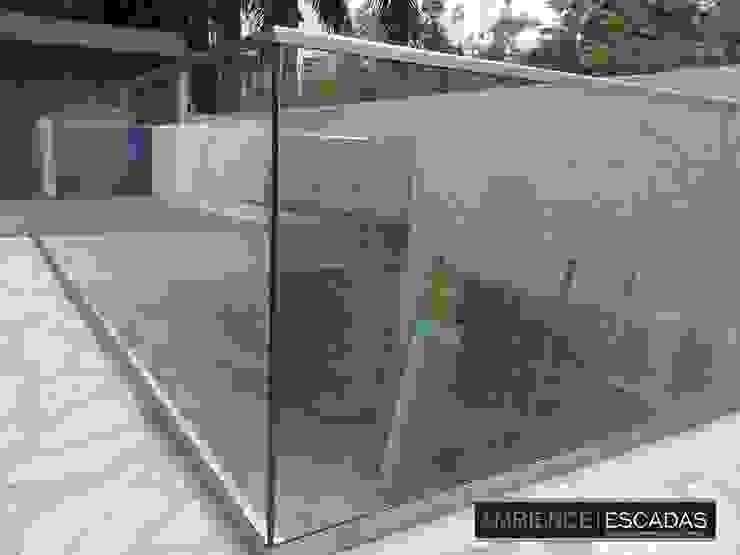 ambience escadas e corrimão Balcones y terrazasAccesorios y decoración Vidrio Transparente