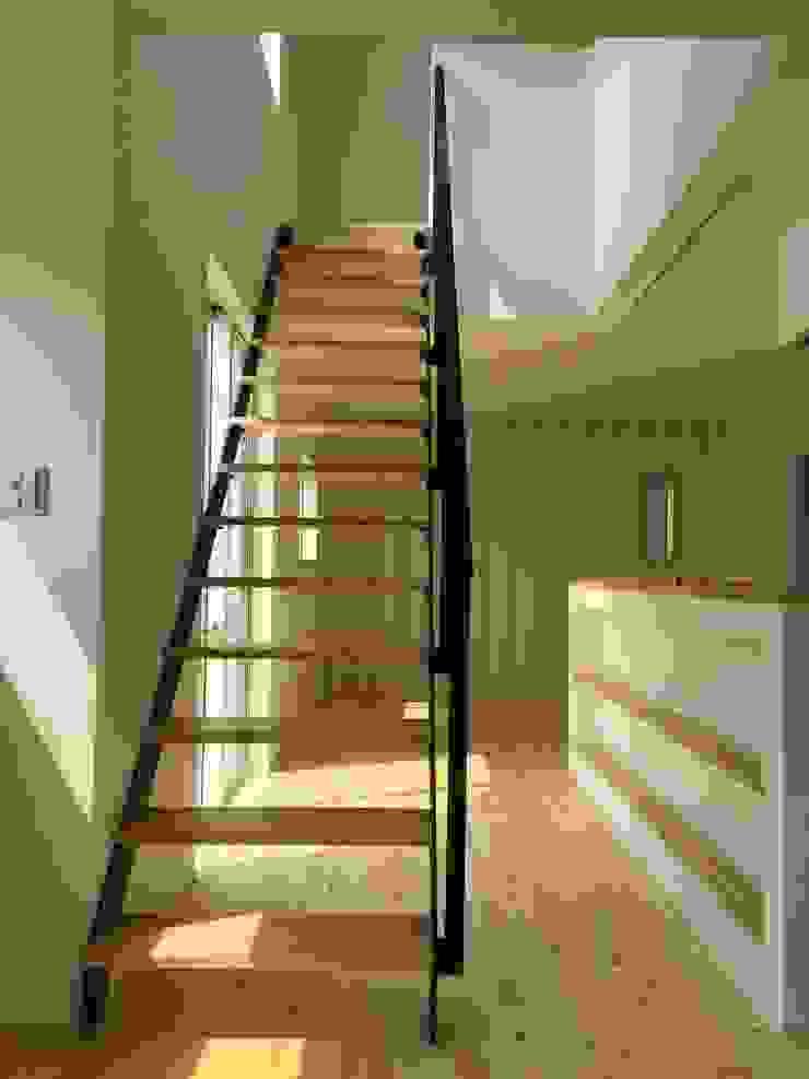 bởi CAF垂井俊郎建築設計事務所 Hiện đại Gỗ Wood effect