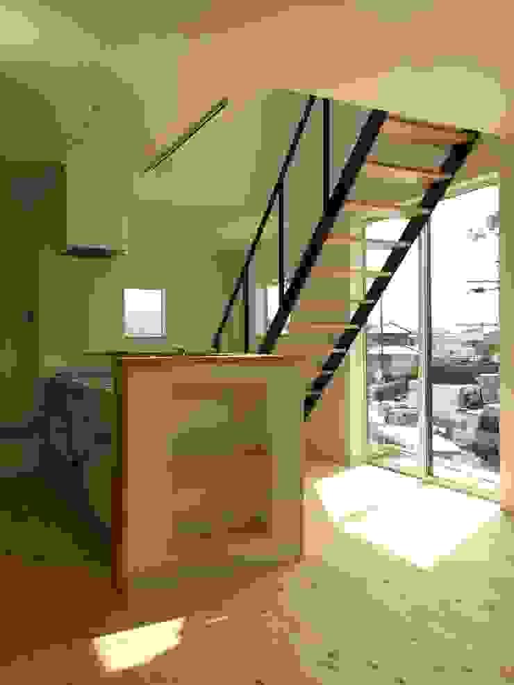 bởi CAF垂井俊郎建築設計事務所 Chiết trung Gỗ Wood effect