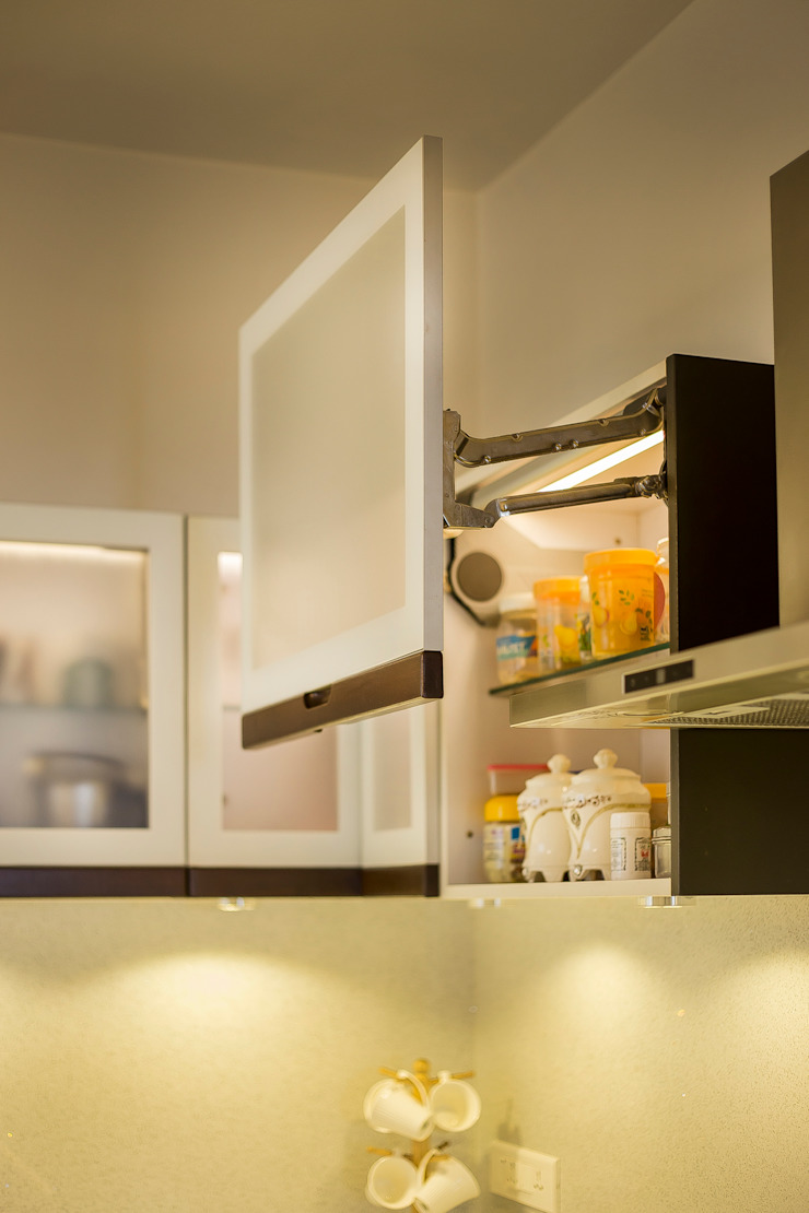 POISE Modular Kitchen by Poise Modern