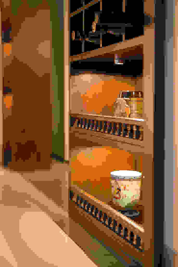 POISE Modular Kitchen Modern kitchen by Poise Modern