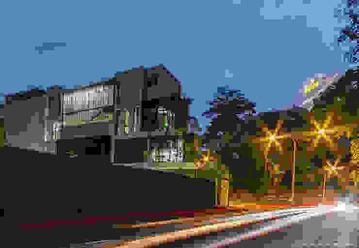 MJ Kanny Architect Maisons modernes