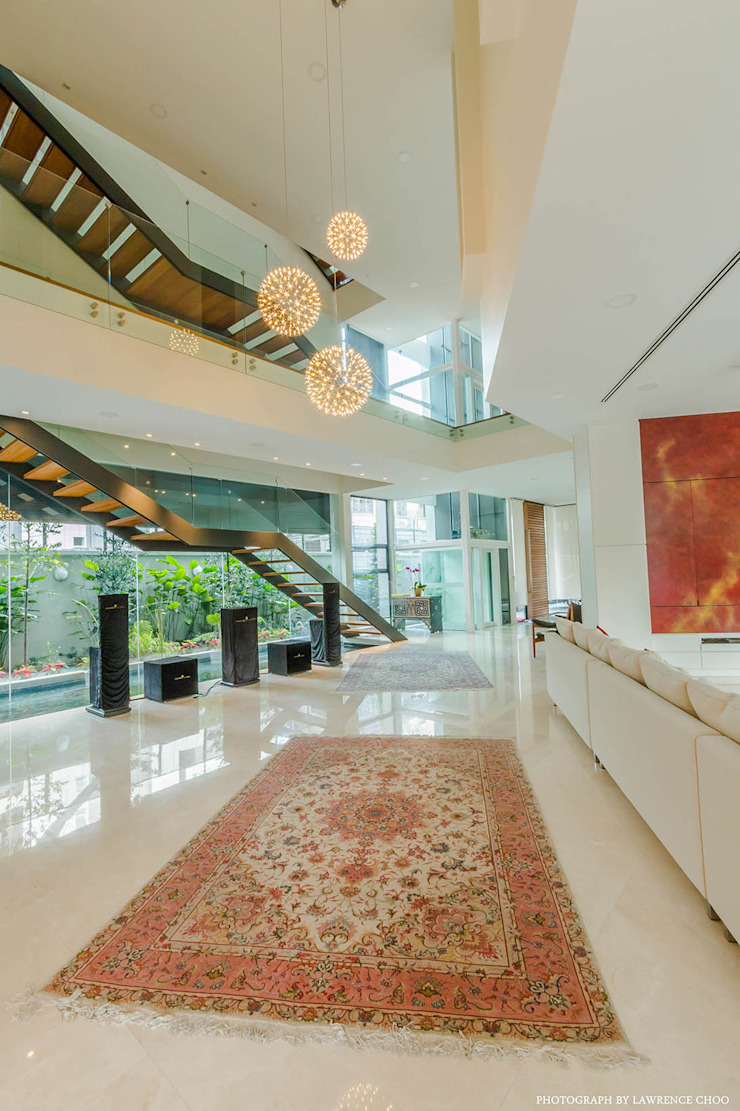 Couloir, entrée, escaliers modernes par MJKanny Architect Moderne