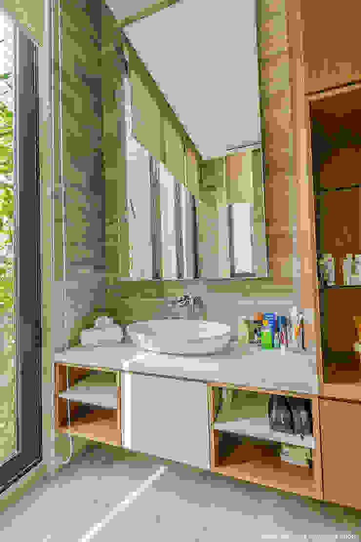 MJ Kanny Architect Salle de bain moderne