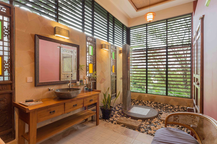 Master Bathroom MJ Kanny Architect Tropical style bathrooms