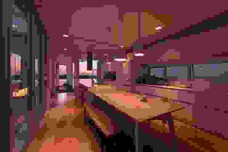 勝暉建築工程行 Modern dining room
