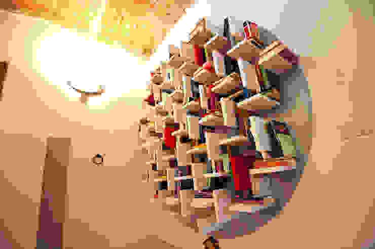 Phòng khách phong cách công nghiệp bởi Annalisa Carli Công nghiệp Gỗ Wood effect