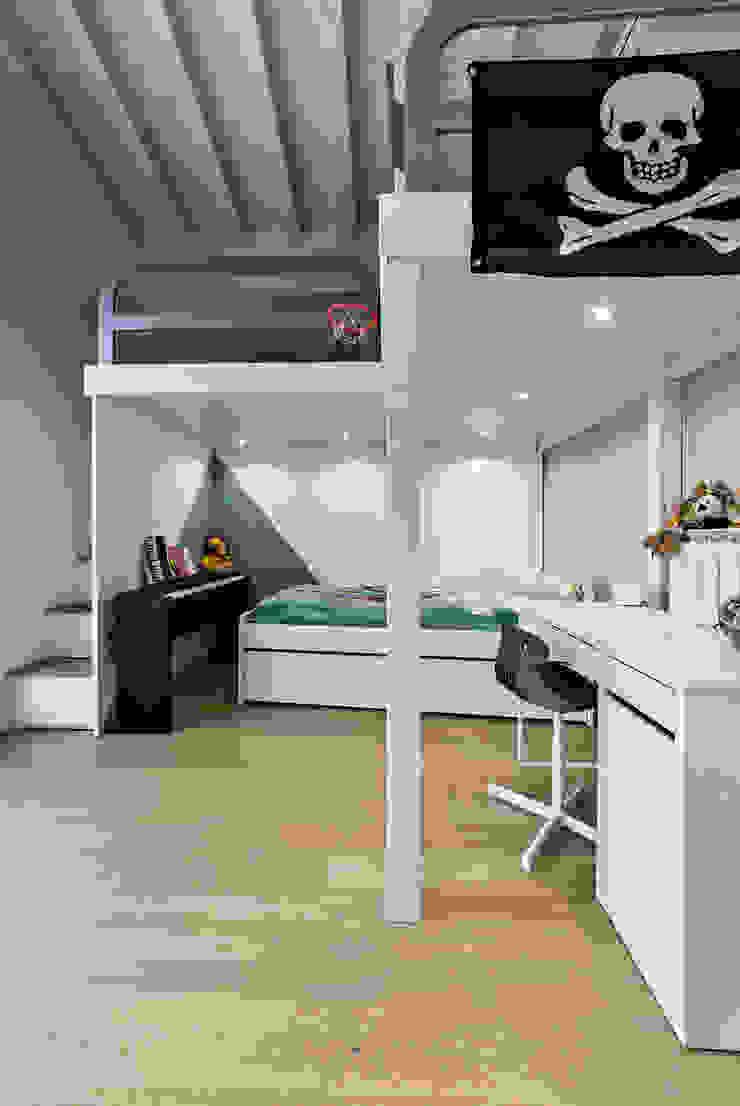 Annalisa Carli Boys Bedroom Wood Multicolored