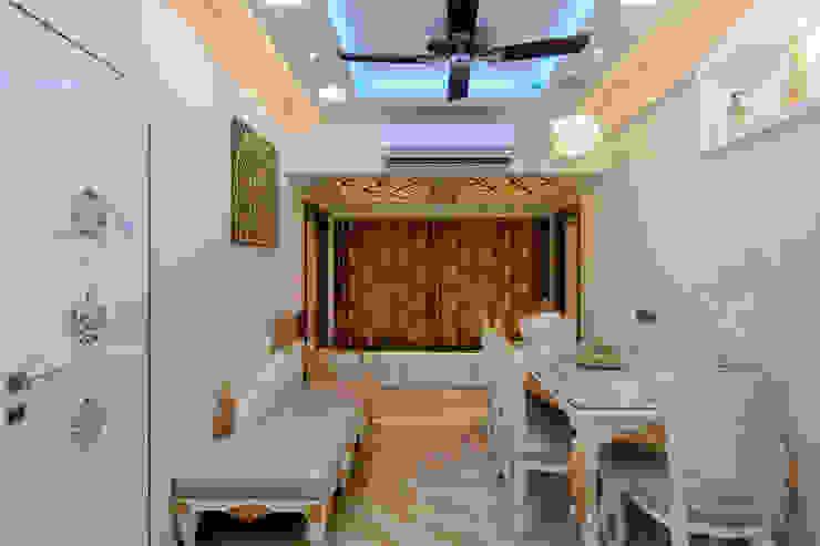 Mr.Ghandi Modern living room by SP INTERIORS Modern