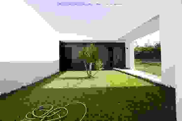 Moradia Unifamiliar por Marta Zita Peixoto - Arquitectura Minimalista