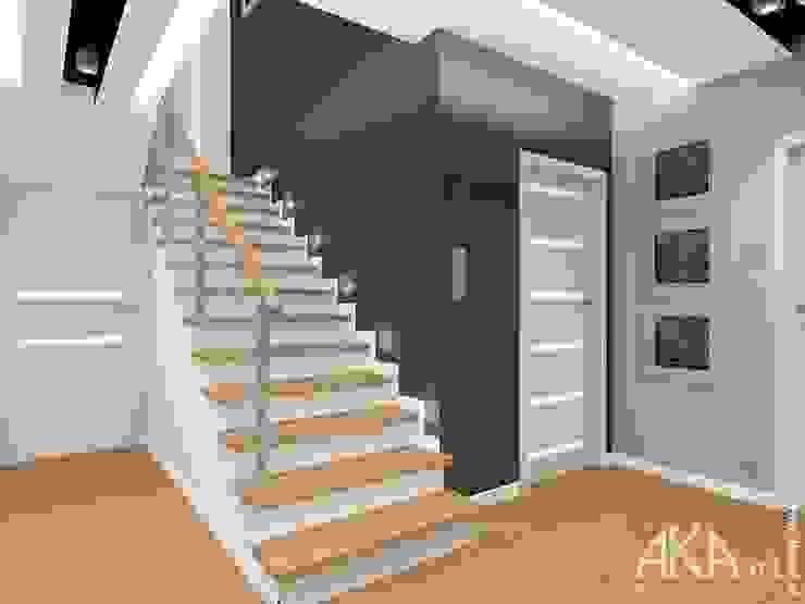 Cầu thang theo AKAart Pracownia Projektowa,