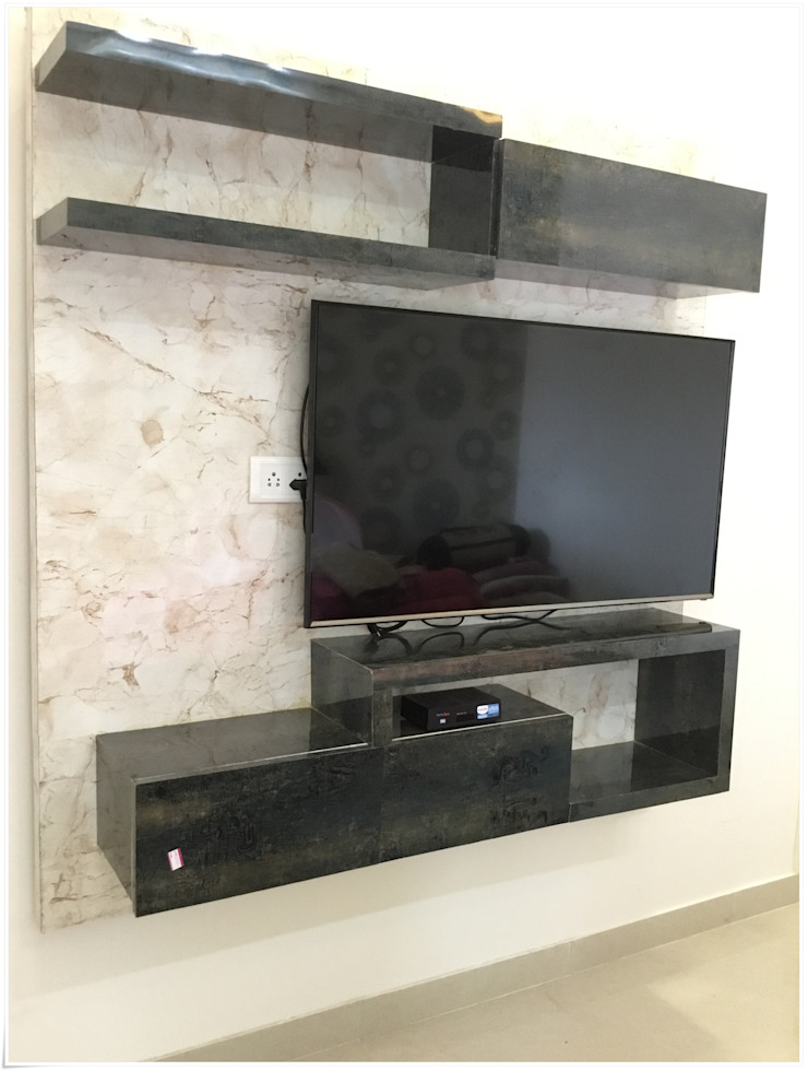 TV Unit in the Master Bedroom Modern Bedroom by U and I Designs Modern