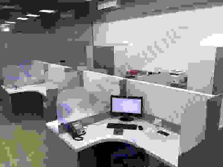 PRO ALPHA Capital Moderne Bürogebäude von SP INTERIORS Modern