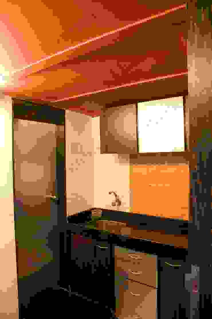 Krish developers Modern office buildings by Adri Rossow Modern