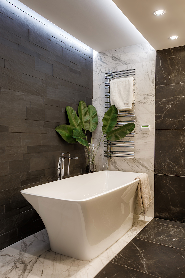 Eclectic style bathroom by Дизайн Студия 33 Eclectic