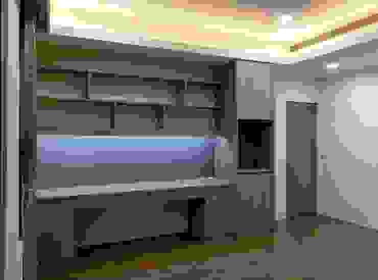 書桌櫃 根據 紅帥設計 現代風 木頭 Wood effect