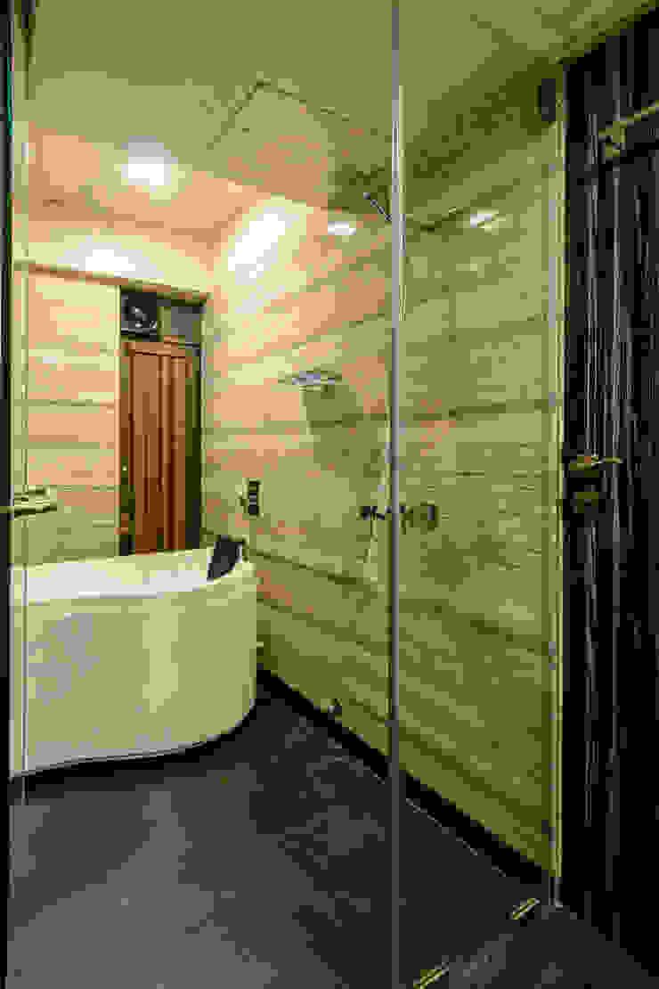 Ajay Bali Modern bathroom by SP INTERIORS Modern