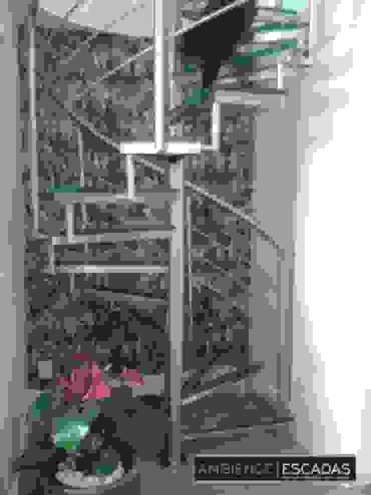 ambience escadas e corrimão Tangga Kaca