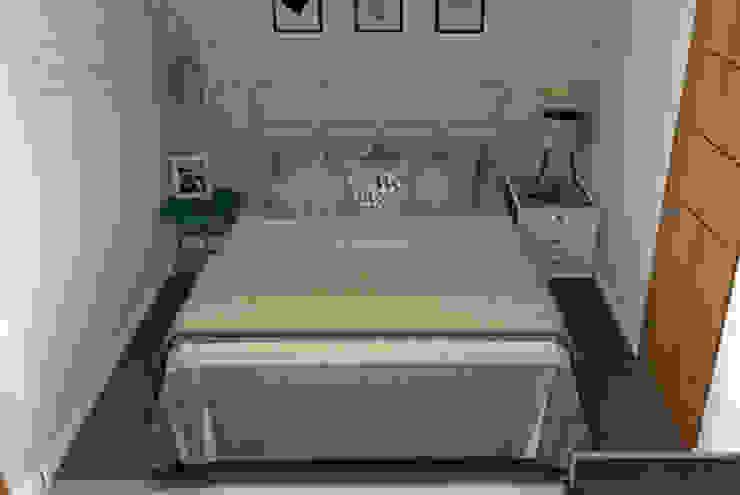 Decoropravocê - Decoração ao seu alcance. Mediterranean style bedroom Engineered Wood Blue