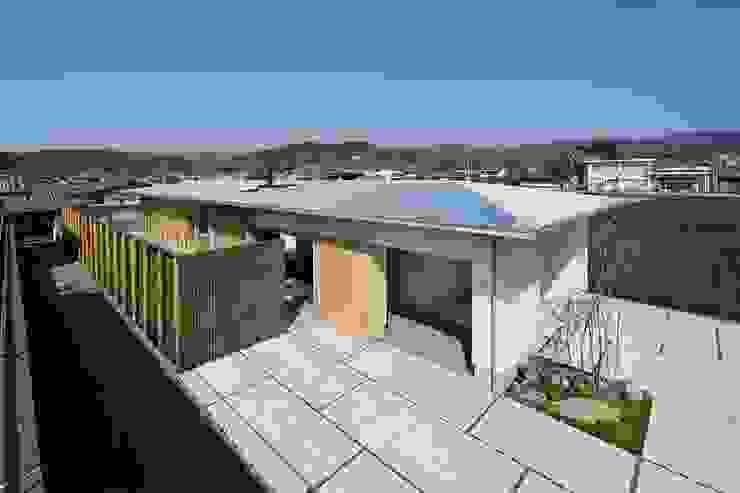 国分の棲遅: キリコ設計事務所が手掛けた屋根です。,和風