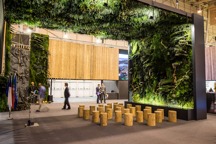 Traços Interiores Exhibition centres Green