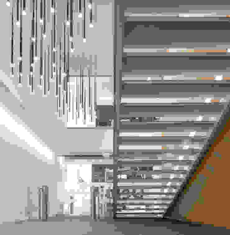 Sede Deloitte em Lisboa por Traços Interiores Minimalista Alumínio/Zinco