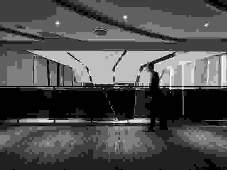 摺物 / 旅程 根據 騰龘空間設計有限公司 隨意取材風