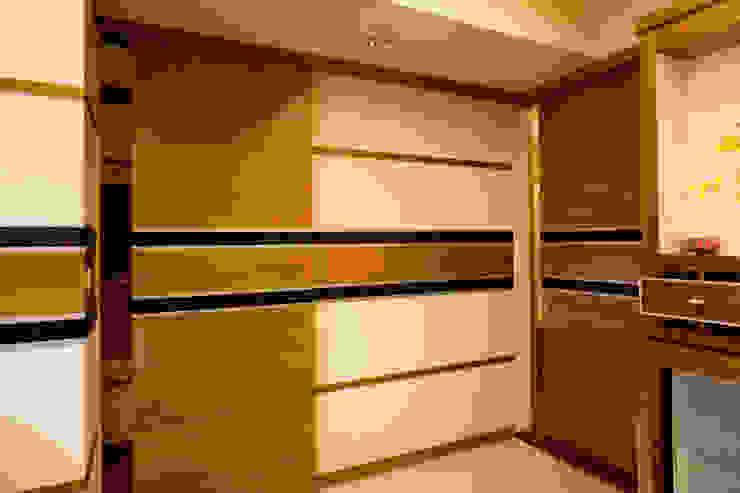 簡 根據 松泰室內裝修設計工程有限公司 現代風 實木 Multicolored