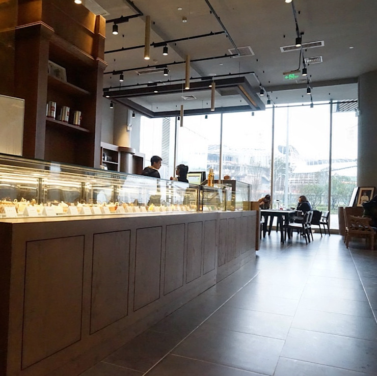 pastry counter jun wan dumont Office spaces & stores Solid Wood Brown