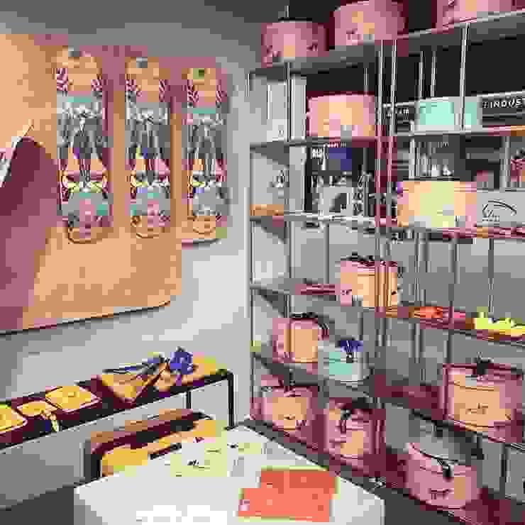 sales shelves jun wan dumont Minimalist exhibition centres Metal Brown