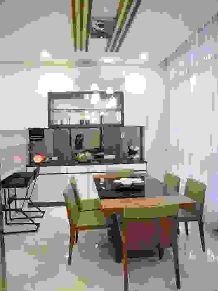 居家設計: 亞洲  by 城藝室內裝修企業有限公司, 日式風、東方風 玻璃
