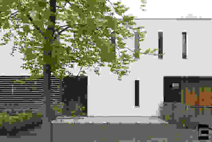Voorgevel detail Moderne huizen van Geert van den Oetelaar . Architect Modern