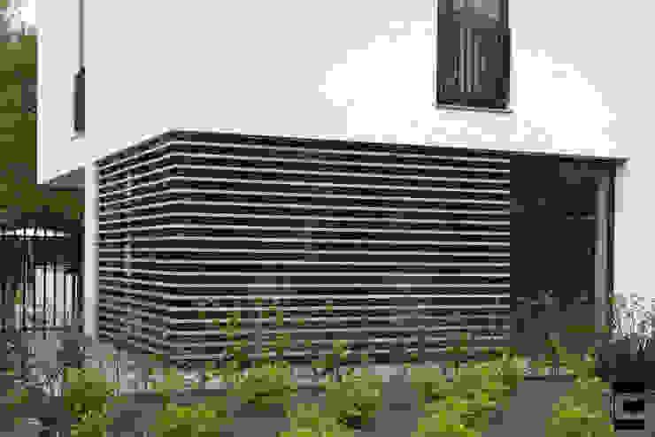 Detail gevel Moderne huizen van Geert van den Oetelaar . Architect Modern Hout Hout